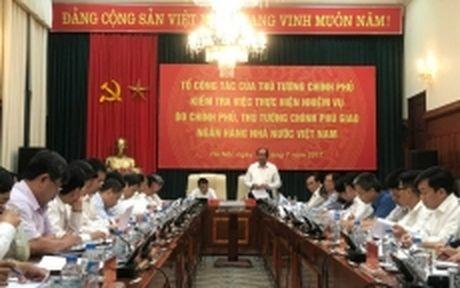 Chu dong dieu hanh chinh sach tien te, bao dam muc tieu tang truong 6,7% - Anh 1