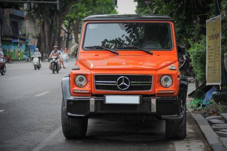 Mercedes G63 AMG mau cam noi bat tren duong pho Ha Noi - Anh 3