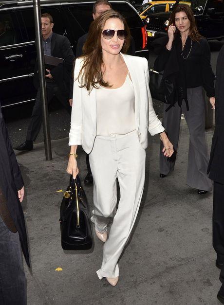 Thuong hieu thoi trang yeu thich cua Angelina Jolie - Anh 8