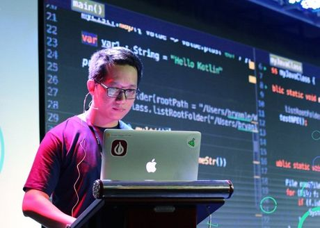 Gioi lap trinh VN tu hoi tai Google I/O Extended Hanoi 2017 - Anh 1