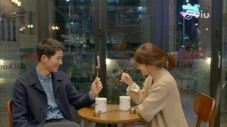 Gia dinh Song Joong ki da gap nha Song Hye Kyo de ban hon su? - Anh 2