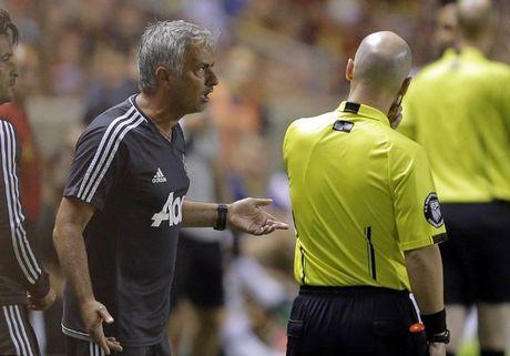 Mourinho: 'The do cua Valencia qua nang. Ban thang cua Lukaku chi la tieu tiet' - Anh 2