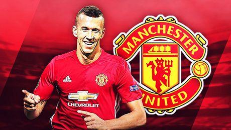 Voi Perisic, Mourinho co the giai quyet van de dang ngai nhat cua Man United - Anh 3