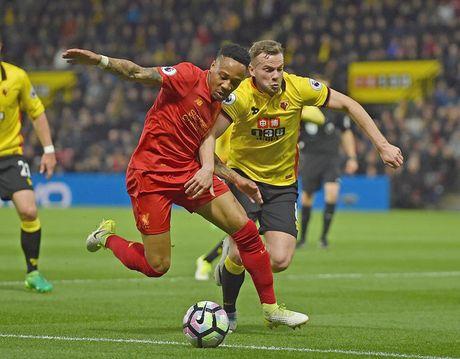 Du doan doi hinh Liverpool o tran khai mac Premier League 2017/2018 - Anh 3