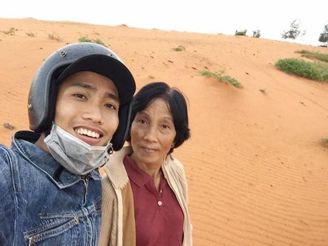 Chang trai dua me di phuot xuyen Viet gay xon xao dan mang - Anh 6