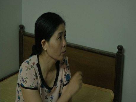 Hang loat tre bi sui mao ga: Chu phong kham choi bay choi bien - Anh 1