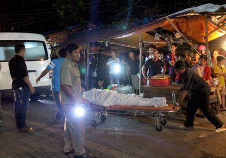 Image result for Bé trai thoi thóp bên thi thể người giúp việc ở Đồng Nai