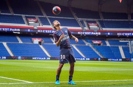 Monaco thang kich tinh trong ngay PSG ra mat sieu sao Neymar - Anh 2