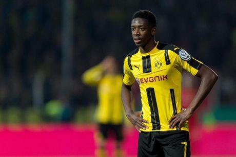 Diem tin sang 05/08: Barca ap sat sao Dortmund; Monaco gay soc voi Sanchez - Anh 1