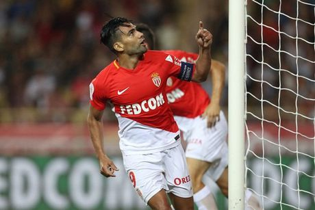 10 thong ke dang xem nhat ngay 5/8: Ky luc dang cho Monaco, Benfica - Anh 1