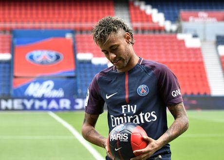 Vu chuyen nhuong Neymar: 'giai phong' hay 'mua dut hop dong'? - Anh 2