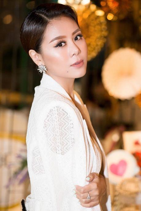 'Kieu nu lang hai' Nam Thu quyen ru di cham thi nhan sac - Anh 7