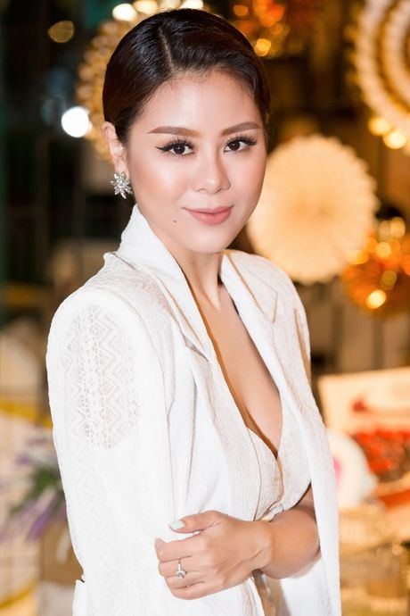 'Kieu nu lang hai' Nam Thu quyen ru di cham thi nhan sac - Anh 8