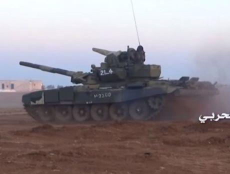 Tung sieu tang T-90 tham chien tai Syria, Nga loi doi duong, My va phuong Tay chung hung - Anh 10