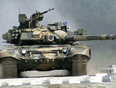 Tung sieu tang T-90 tham chien tai Syria, Nga loi doi duong, My va phuong Tay chung hung - Anh 3