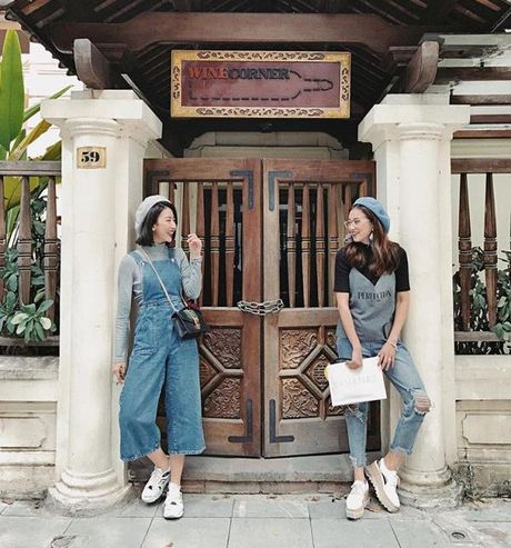 Fashion Icon Quynh Anh Shyn: chu BST cac items jeans do so va 1001 cach mix match 'than thanh' - Anh 14