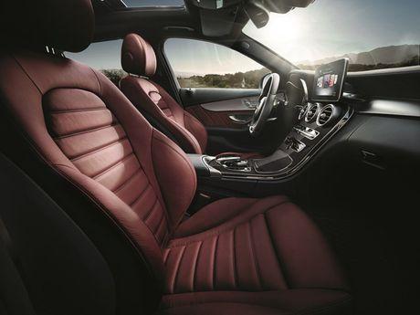 Mercedes-Benz gioi thieu GLA nang cap va C-Class moi - Anh 5