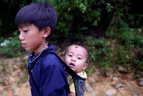 Cuoc song khong nha cua cua nguoi dan sau lu quet tai Mu Cang Chai - Anh 9