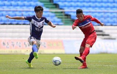 Mokpo vs U22 VN (1-4): Hong Duy, Duc Chinh lap cu dup - Anh 22