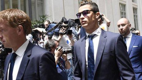 Ronaldo: 'Fan MU khong bao gio la o toi nhu fan Real' - Anh 6