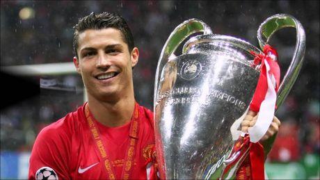 Ronaldo: 'Fan MU khong bao gio la o toi nhu fan Real' - Anh 8