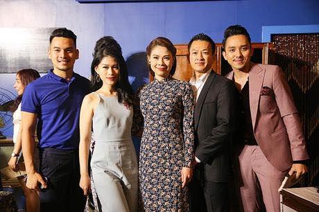 La Thanh Huyen khoe ky nghi sieu sang trong can phong tong thong - Anh 10
