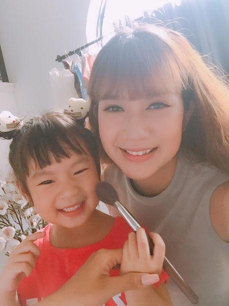 La Thanh Huyen khoe ky nghi sieu sang trong can phong tong thong - Anh 12