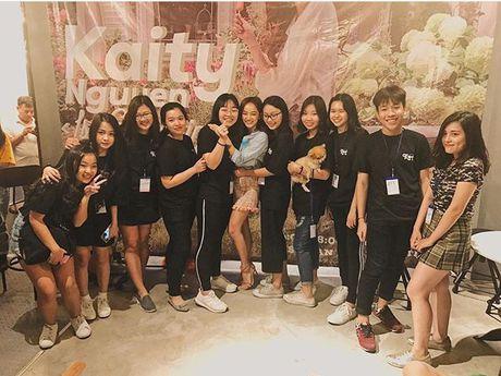 La Thanh Huyen khoe ky nghi sieu sang trong can phong tong thong - Anh 15