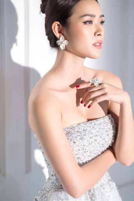 Phi Thanh Van, Ha Anh, Ngoc Quyen lot top sao 'ho bao' nhat tuan - Anh 8