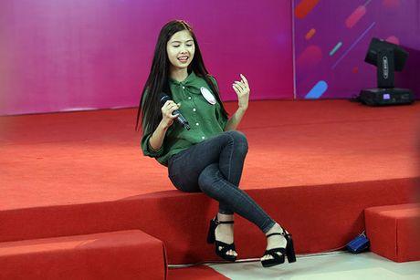 Hot girl 'chan khoeo, mat lac' gay bat ngo o cuoc thi Miss Teen - Anh 10