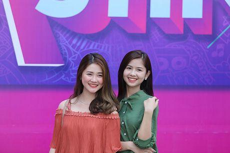 Hot girl 'chan khoeo, mat lac' gay bat ngo o cuoc thi Miss Teen - Anh 2