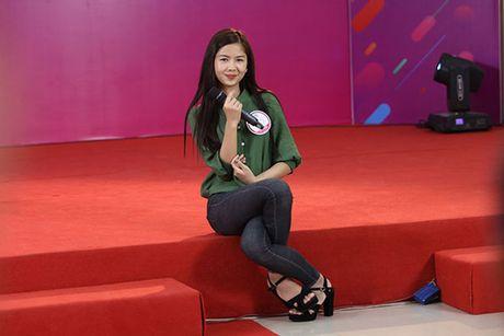 Hot girl 'chan khoeo, mat lac' gay bat ngo o cuoc thi Miss Teen - Anh 5