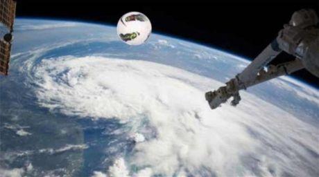 NASA met moi di tim trai bong cua Courtois - Anh 4