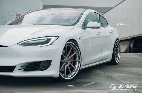 Sieu xe dien Tesla Model S 3 ty do mam 'hang khung' - Anh 6