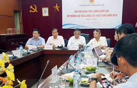 'Chot' de xuat tang luong toi thieu vung nam 2018 o muc 6,5% - Anh 1