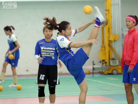 'Lo luyen vang SEA Games' cua Viet Nam nong ran truoc gio G - Anh 12