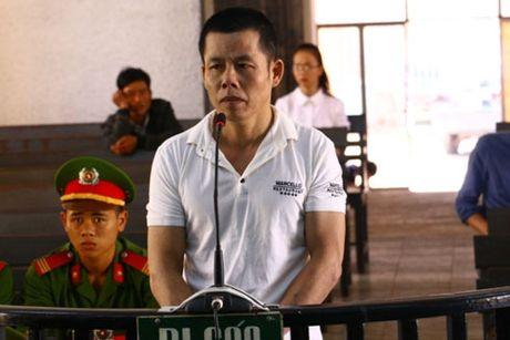 Dak Lak: Cha duong hiep dam con rieng cua vo linh an 17 nam tu - Anh 1