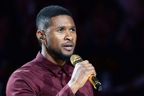 Usher bi kien vi lay benh tinh duc cho mot nguoi dan ong - Anh 1