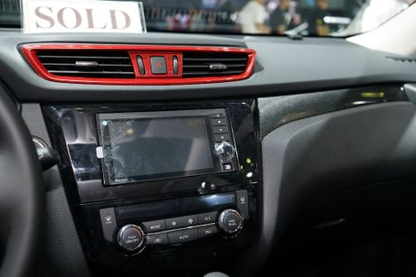 Chi tiet Nissan X-Trail phien ban cao cap nhat tai Viet Nam - Anh 16