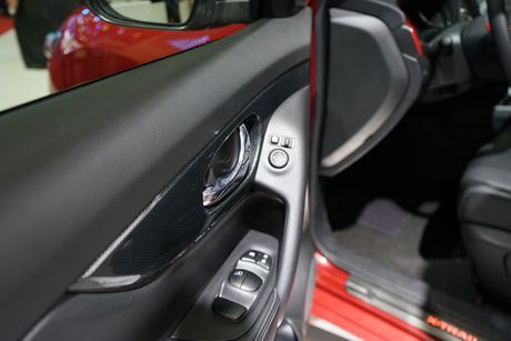Chi tiet Nissan X-Trail phien ban cao cap nhat tai Viet Nam - Anh 17