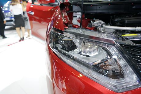 Chi tiet Nissan X-Trail phien ban cao cap nhat tai Viet Nam - Anh 6
