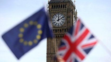 Cuu quan chuc ngoai giao Anh: Dam phan Brexit khong suon se voi London - Anh 1
