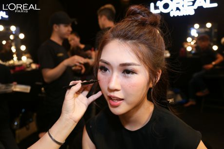 Top 5 The Face goi cam voi phong cach Sexy Lady me hoac moi anh nhin - Anh 4