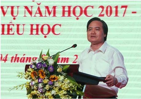 Bo truong Phung Xuan Nha: Cham dut ngay viec day chu cho tre truoc khi vao lop 1 - Anh 1
