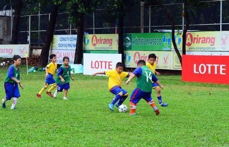 Vong loai Giai bong da 'Thach thuc Lotteria Cup 2017' thu hut 16 doi bong nhi khu vuc TP.HCM - Anh 3