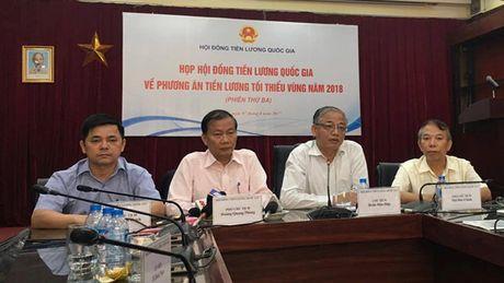 Luong toi thieu vung nam 2018 tang 6,5 % - Anh 1