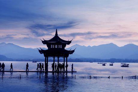 Top 10 diem du lich hap dan nhat Trung Quoc nam 2017 - Anh 8