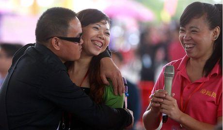 Hong Kong thieu nam gioi tram trong, nu gioi luoi ket hon - Anh 2