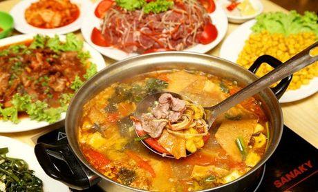 Diem danh nhung mon lau dat khach cho cuoi he Ha Noi - Anh 2
