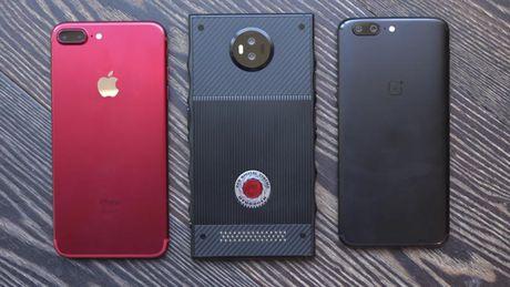 Smartphone gia 1.200 USD cua hang may quay chuyen phim 'bom tan' co gi la? - Anh 6